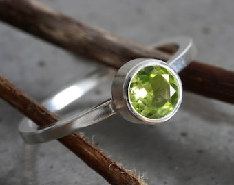 Peridot Ring in Sterling Silver, August Birthstone Ring