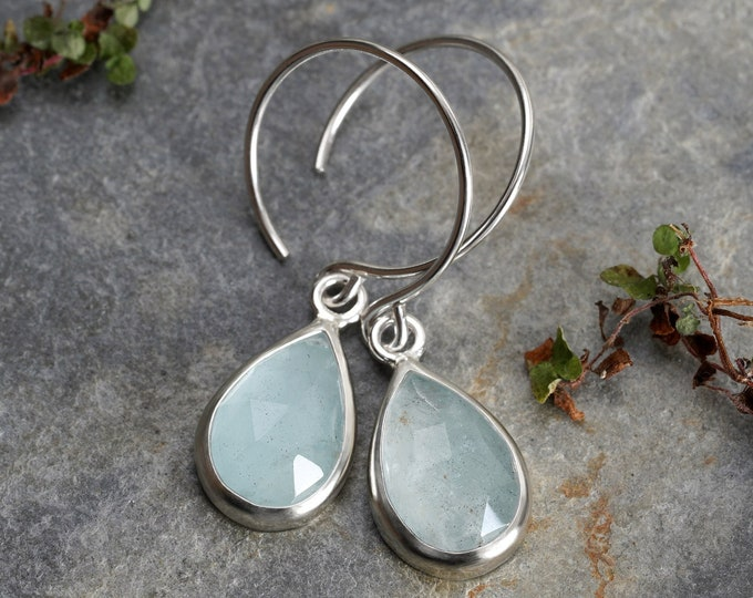 Aquamarine Dangle Earrings in Sterling Silver, Aquamarine Earring in Columbia Blue