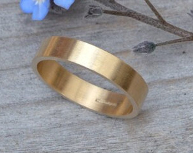 4mm Wedding Band in 9k Yellow Gold, Personalized Wedding Ring