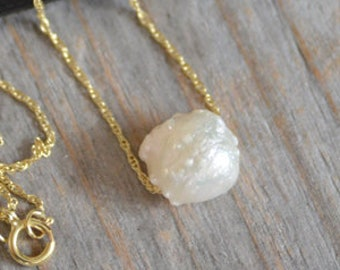 Fresh Water Pearl Necklace in 9ct Yellow Gold, June Birthstone Necklace, Baroque Pearl Necklace