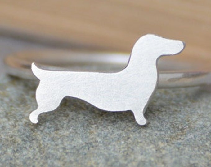 Dachshund Ring in Sterling Silver, Silver Sausage Dog Ring