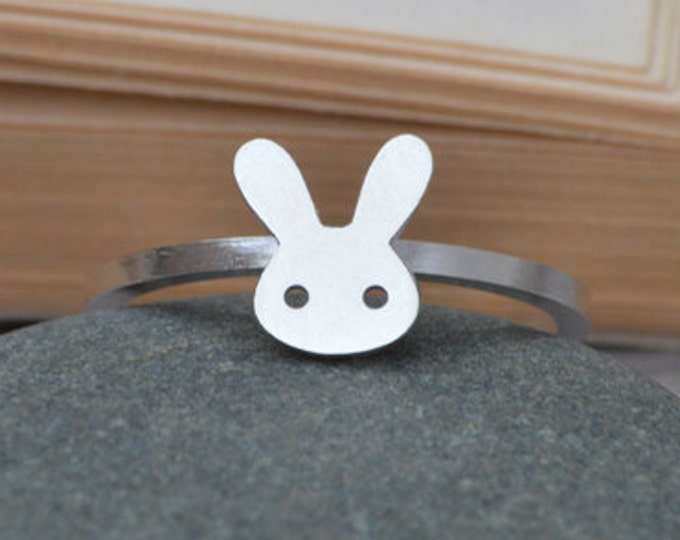 Bunny Rabbit Ring in Sterling Silver, Silver Rabbit Ring, Handmade in England
