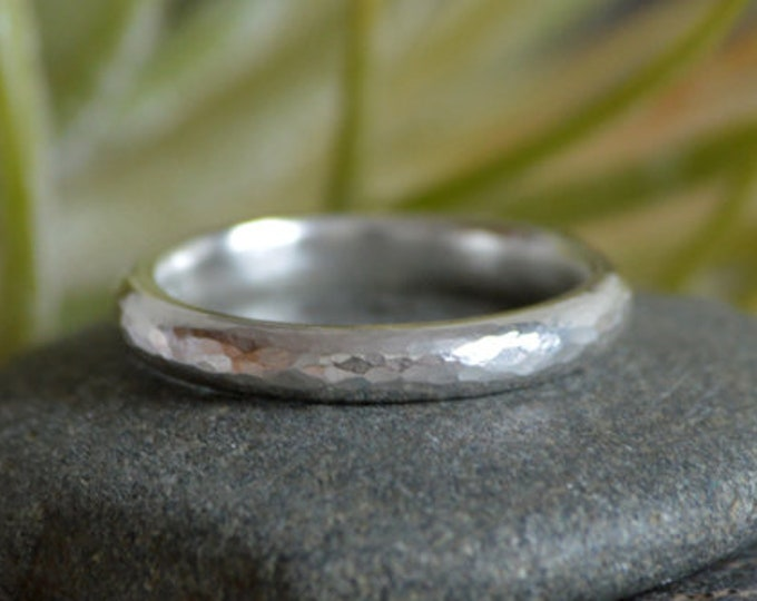 Hammered Effect Wedding Band, 3mm Wide Rustic Wedding Ring