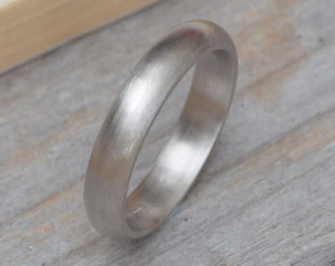 Platinum Wedding Band, Platinum Wedding Ring, Simple Wedding Ring in 4mm or 5mm Wide, Classic Platinum Ring