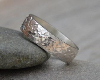 Textured Wedding Band, Rustic Wedding Ring, Personalized Wedding Band, 5.5mm Wedding Ring, Unisex Wedding Band