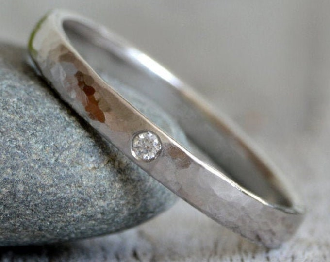 Hammered Effect Platinum Wedding Band with A Diamond, Platinum Wedding Ring With Diamond, Rustic Wedding Band, Made To Order