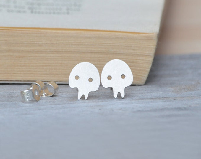 Skull Stud Earrings in Sterling Silver, Handmade Skull from England