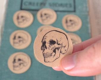 Sticker Skull 10 round shaped stickers in kraft paper