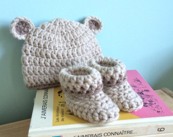 Baby bear hat and bootie set, 0-3 months, newborn, baby shower