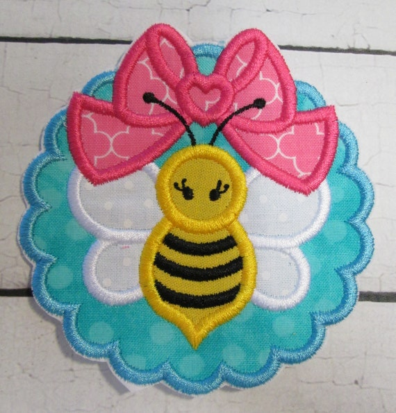 Scallop Bee Big Bow Iron On or Sew On Embroidered Applique Patch, BigBlackDogDesigns, Handmade, Custom Made , Appliques