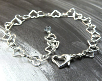 Sterling Silver Heart Chain Bracelet, Metal Chain and Link Jewelry, Mothers Day Gift, Mom Personalized Stone, Personal Birthstone Bracelet