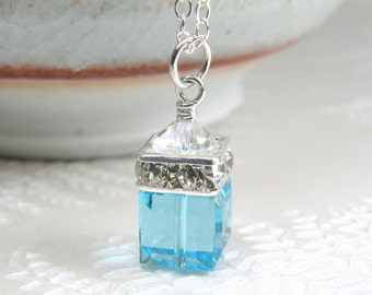 Light Teal Necklace Aquamarine Crystal Swarovski Pendant, Blue Cube Bridesmaids Necklace, Simple Bridal Wedding Jewelry, March Birthstone