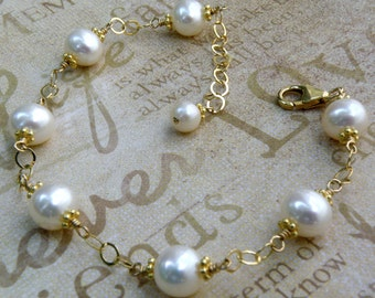 Freshwater Pearl Bracelet, Gold Filled, June Birthstone Birthday Gift, Real White Pearl Jewelry Anniversary, Beach Bride Wedding Bracelet