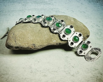 Sterling Silver, Green Calcedony and Black Onyx Toggle bracelet