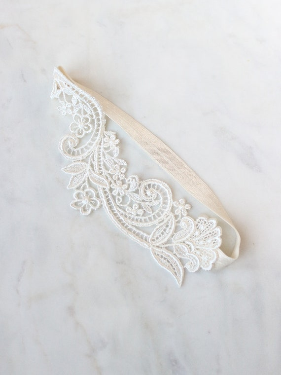 Bridal garter lingerie woman 32 cm to 80 cm Cassiopeia turquoise white flower Lavender romantic boho accessory bridal