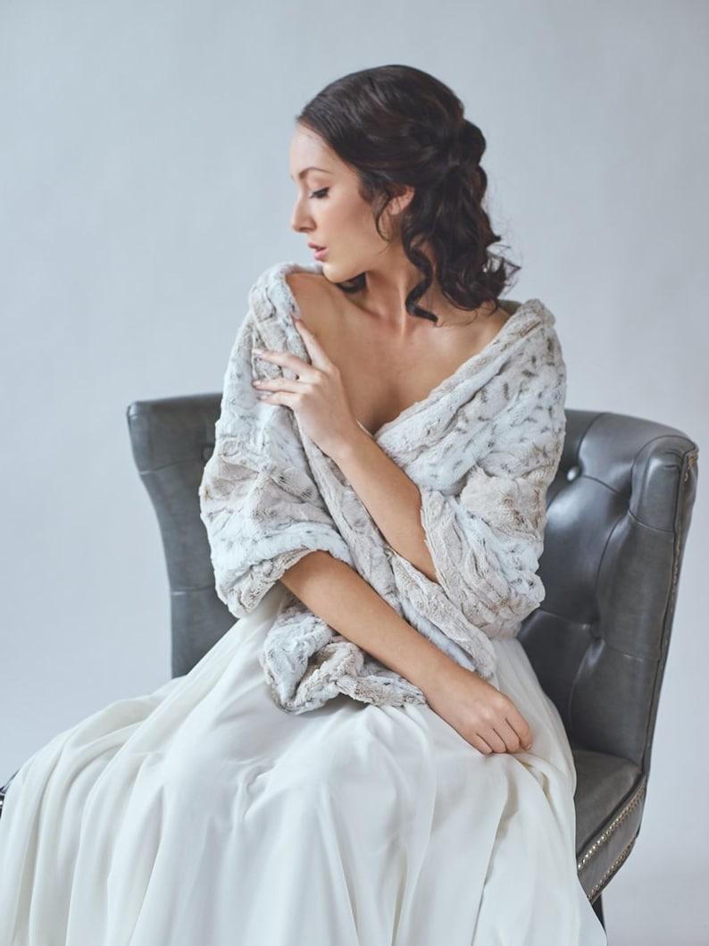 Wedding shawl  Faux Fur Stole  Winter Wedding  Bridal Fur image 0