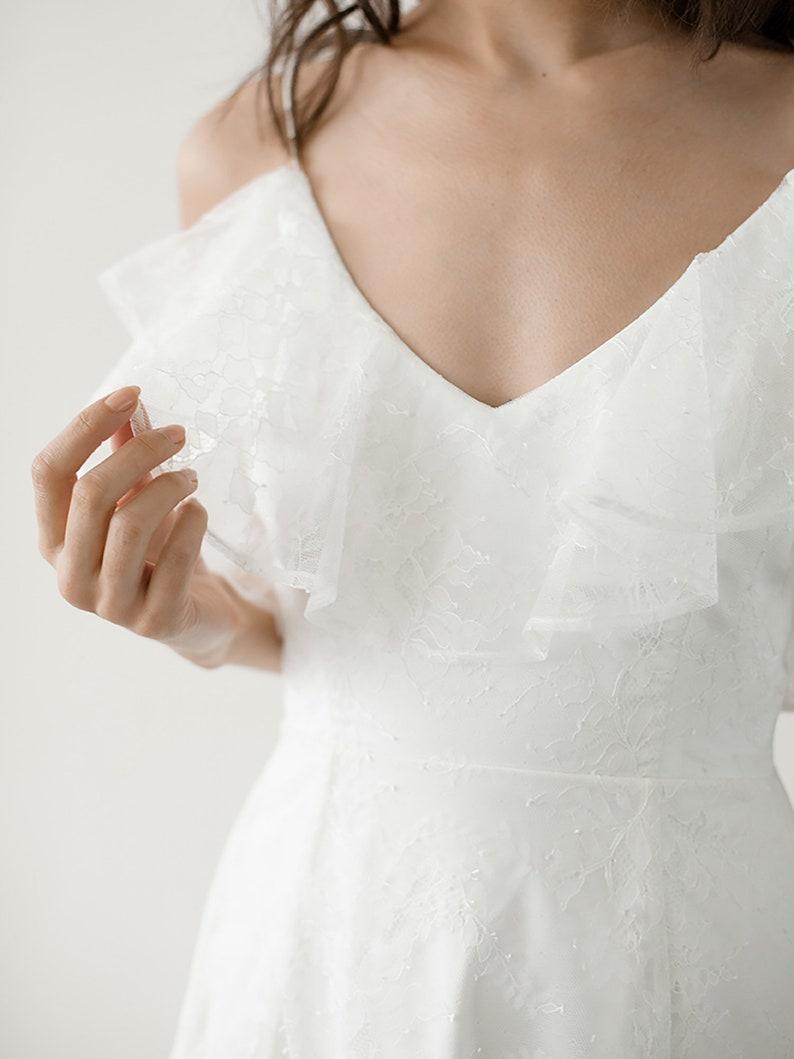 82b08cb864c4 Boho Lace Wedding Dress Ivory Chiffon Flounce Wedding Dress