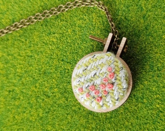Hoop Wear: Peaches and Tweed / mini mini embroidery hoop necklace or pin