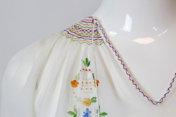 1930s Hungarian embroidered blouse xs   vintage p… - image 6