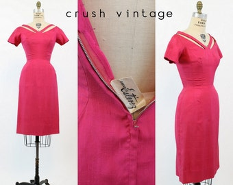 50s Dress Estevez Grenelle XS / 1950s Dress Cutout Wiggle /  Punchy Fuchsia Frock