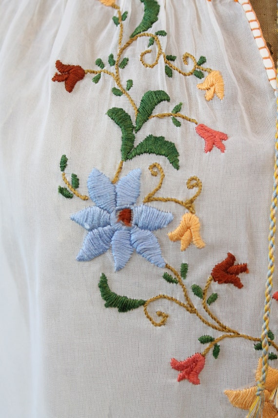 1930s Hungarian embroidered peasant blouse xs | n… - image 5