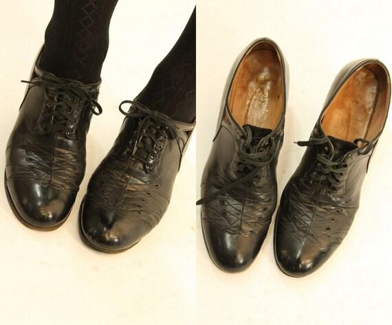 1930s oxfords leather shoes | kerrybrooke vintage