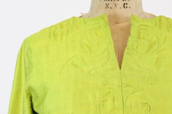 1960s chartreuse dress | mod mini | small - image 4