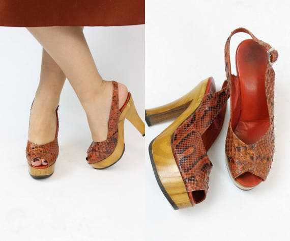 1970s snake wood platforms shoes Size 4.5 us | sli