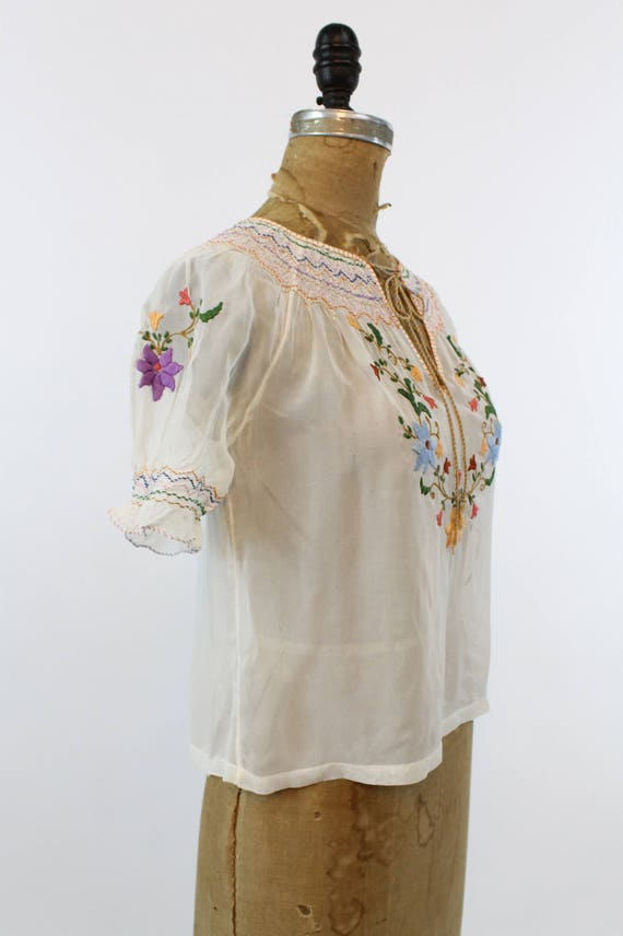 1930s Hungarian embroidered peasant blouse xs | n… - image 6