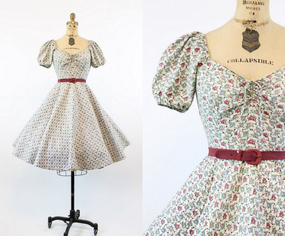 1950s rose print quilted dress   vintage sweethea… - image 1