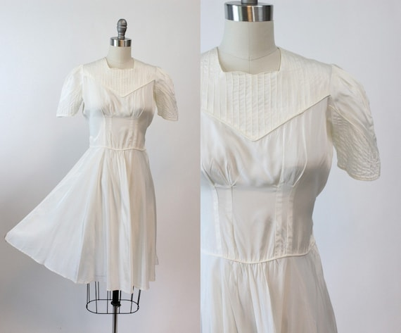 1930s pintucked puff sleeve dress xs | vintage dre