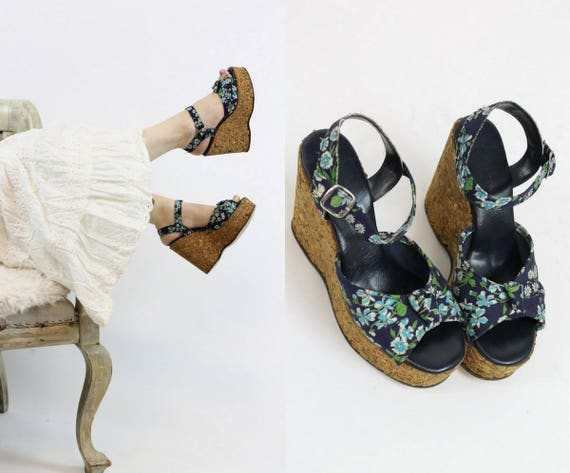 1970s cork sandals shoes size 5.5 us | vintage flo