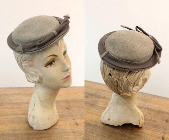 1940s tilt hat   arrow fascinator   I. Magnin - image 5