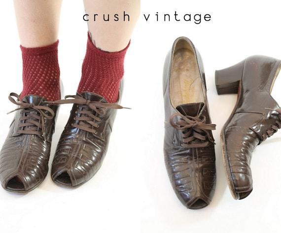 1930s oxford shoes | peeptoe laceup heels | size 7