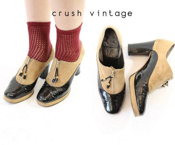 1940s zip front shoes |  Size 5 us | patent suede