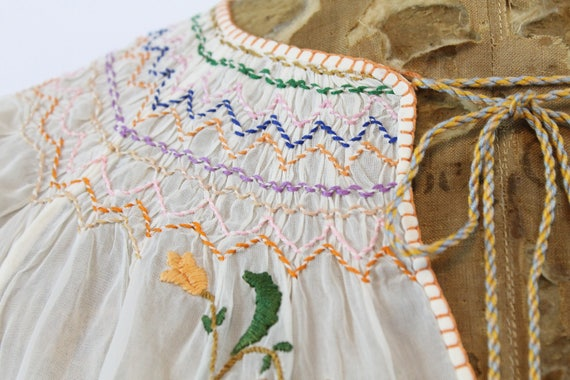 1930s Hungarian embroidered peasant blouse xs | n… - image 3