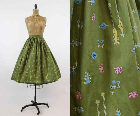 1950s novelty print skirt | fish and bumblebee pri