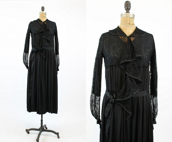 1920s spiderweb lace dress small | antique vintage