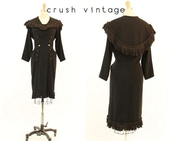 1950s fringe wiggle dress medium   vintage cape dr