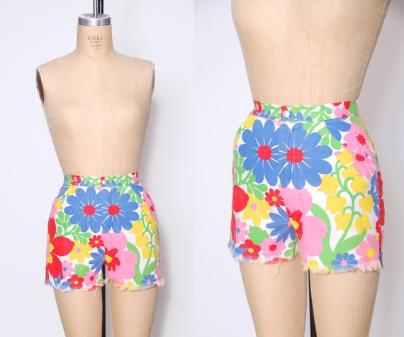 1960s floral shorts / bright psychedelic shorts /
