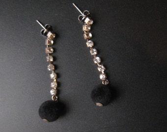 Vintage 50s 60s RHINESTONE Drop Earrings w/ BLACK VELVET Ball 1950s 1960s