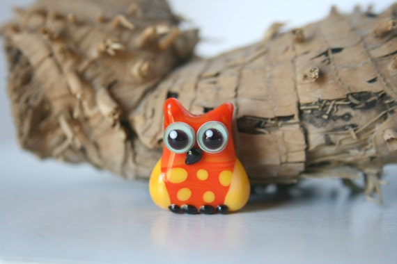 Lampwork, Glass, Bead, Owl, Talisman, Two-tone shades of  orange and yellow, with dots, By Ghirigori Glass