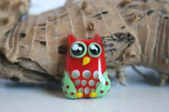 Lampwork, Glass, Bead, Owl, Talisman, Two-tone shades of Red and green., with dots, By Ghirigori Glass
