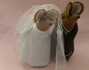 Mr and Mrs Mouse Wedding Couple cake topper decoration  soft sculpture