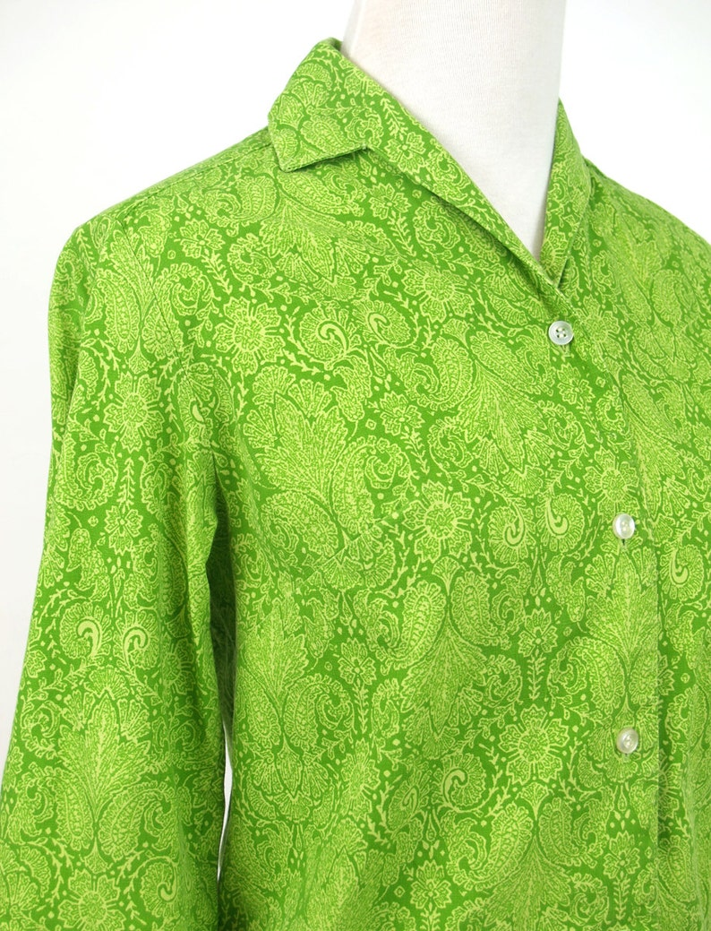 Vintage paisley Print Shirt xxsXS  vintage 60s 70s tonal green blouse  button up extra small size 0 top blouse  1960s 1970s preppy