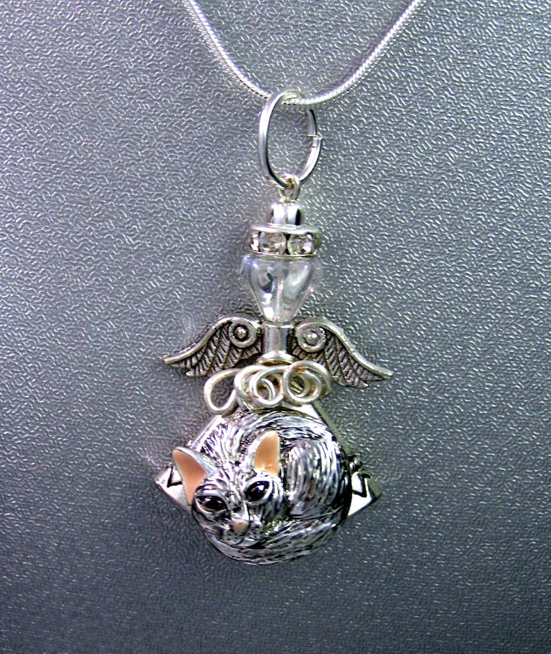 handmade jewelry,gift for her friend gift Recycled Vintage Green Depression Glass CAT Pendant Necklace