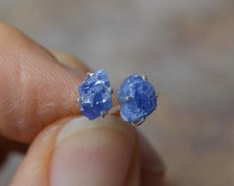 Sapphire Raw Stud Claw Earrings