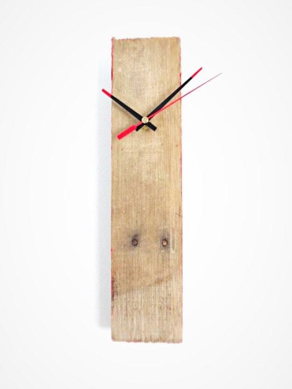 horloge en bois palette rouge etsy. Black Bedroom Furniture Sets. Home Design Ideas