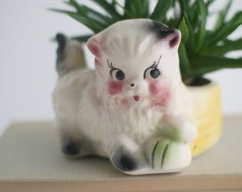 Vintage ceramic kitten planter, kitsch figurine, kids room, mid century home decor