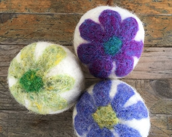 Dryer Balls - Wool Daisy